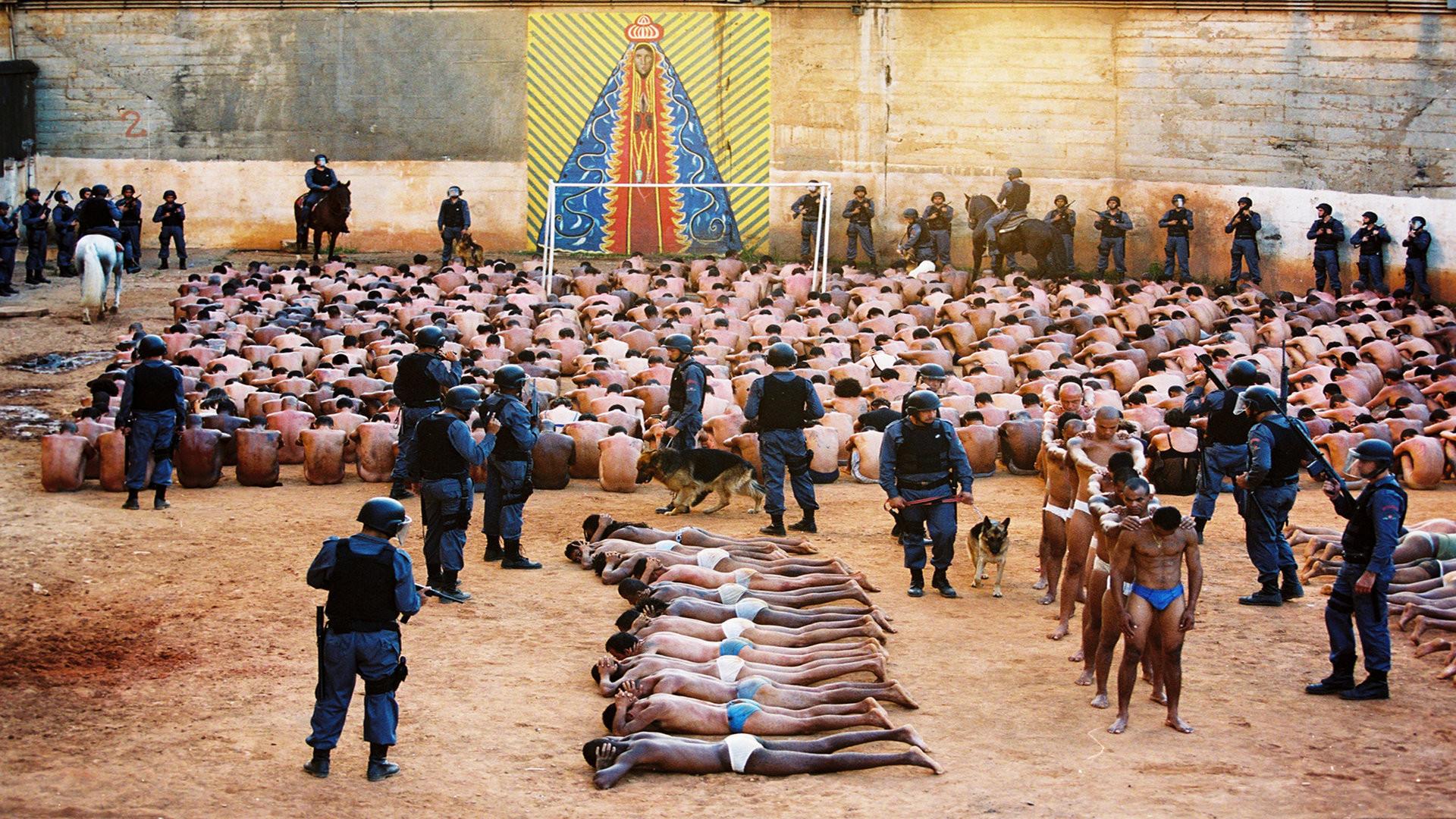 Começa em SP o julgamento dos acusados pelo massacre do Carandiru