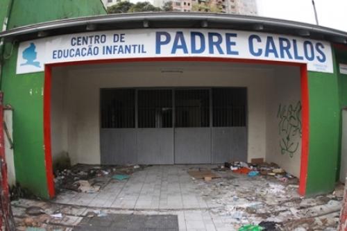 Advogada cansada de ver a situação do CEI Padre Carlos resolve protestar nas redes sociais