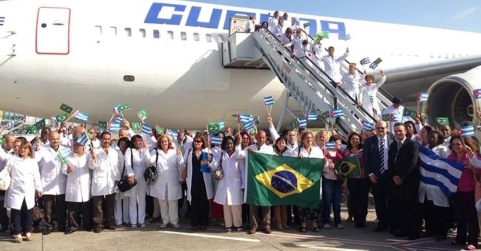 Mais 3 mil cubanos chegam ao Brasil a partir de segunda-feira (04/11) para participar do Mais Médicos