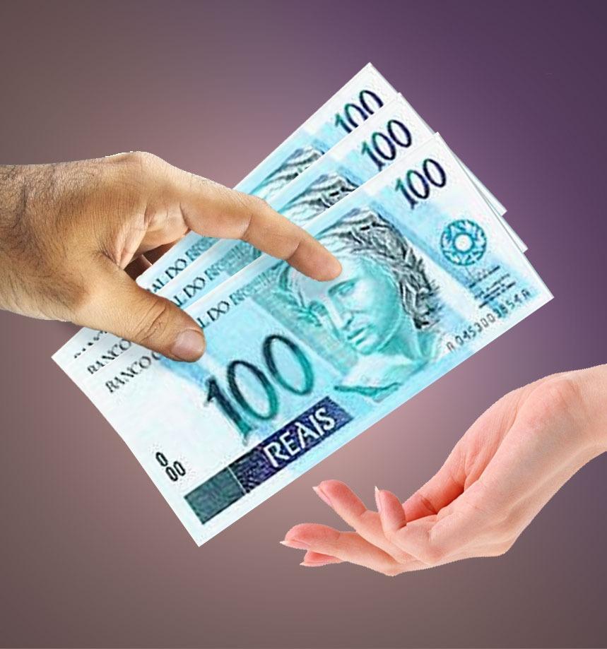 Banco deve devolver em dobro tarifas cobradas indevidamente de cliente