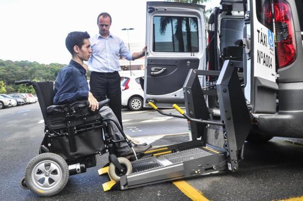 Saiba os contatos de táxis em Joinville que possuem acessibilidade