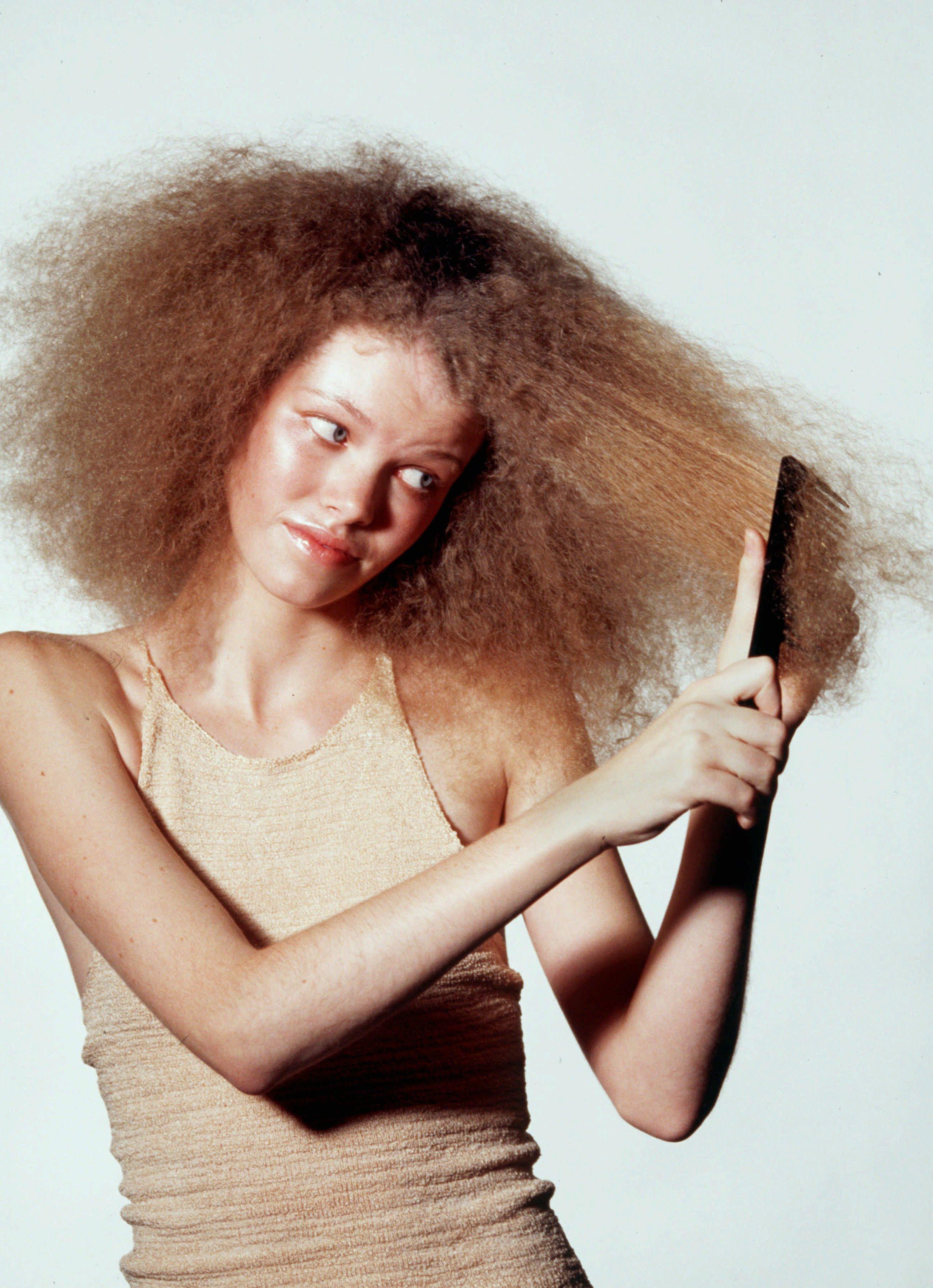 Consumidora que não observou bula não pode reclamar de cabelo danificado por química