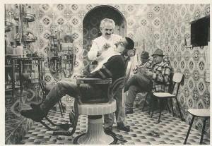 Barbearias são ótimas fontes de histórias do cotidiano.