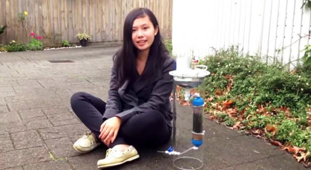 Garota de 17 anos inventa sistema portátil que limpa água e produz energia