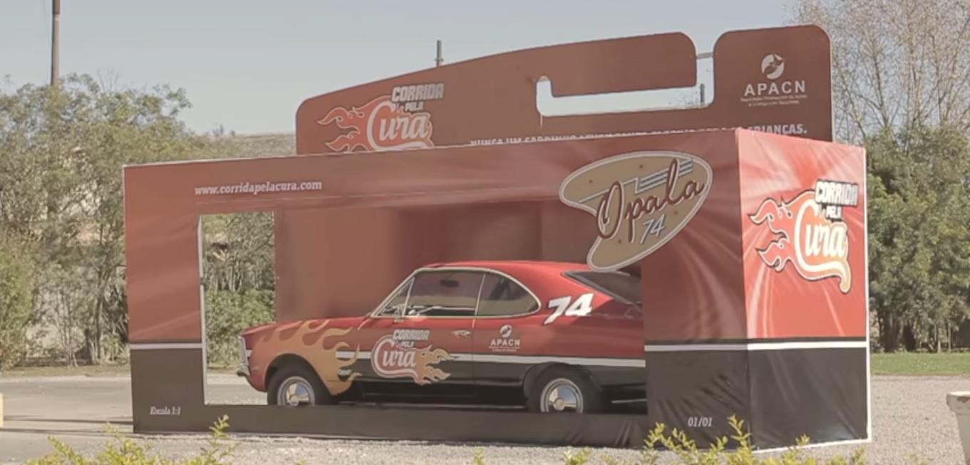 Campanha sorteia carro de corrida para ajudar crianças com câncer