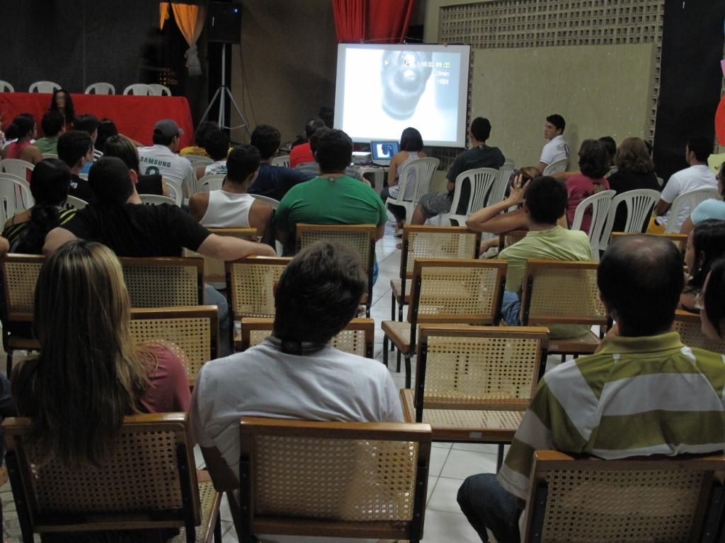 Cinema: Cineclubes superam dificuldades e mantém tradição
