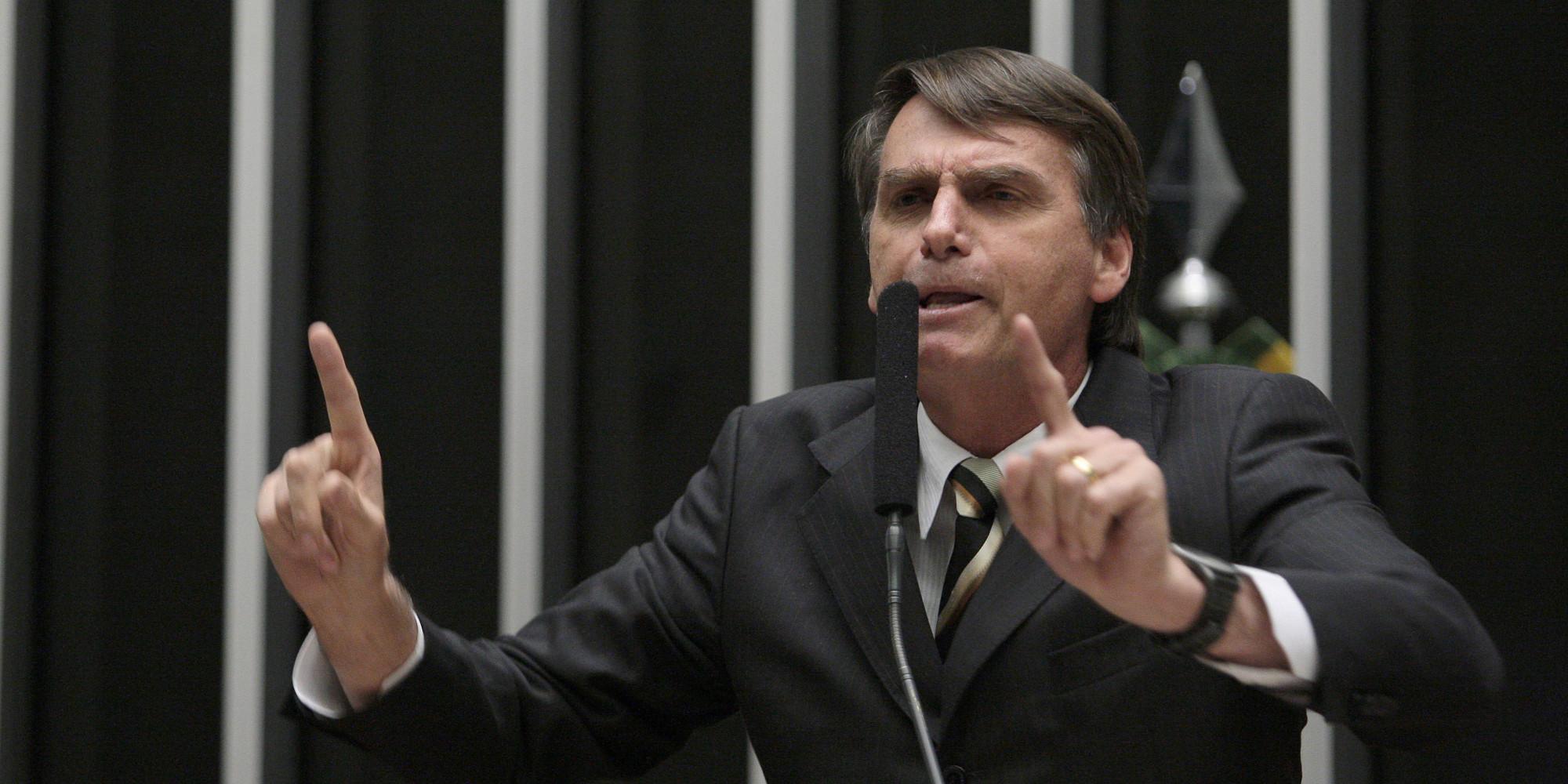 Bolsonaro é condenado por declarações sobre gays
