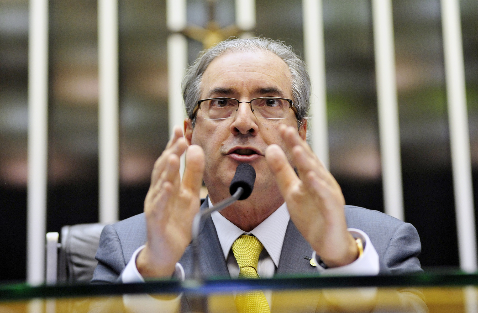 Terceirização: Cunha diz que debate ideológico contamina votação do projeto