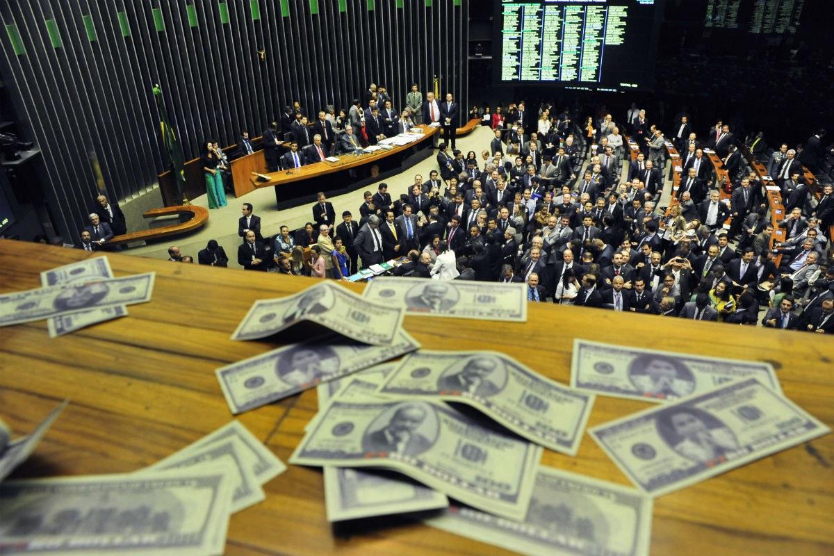 Deputados aprovam primeira Medida Provisória do ajuste fiscal