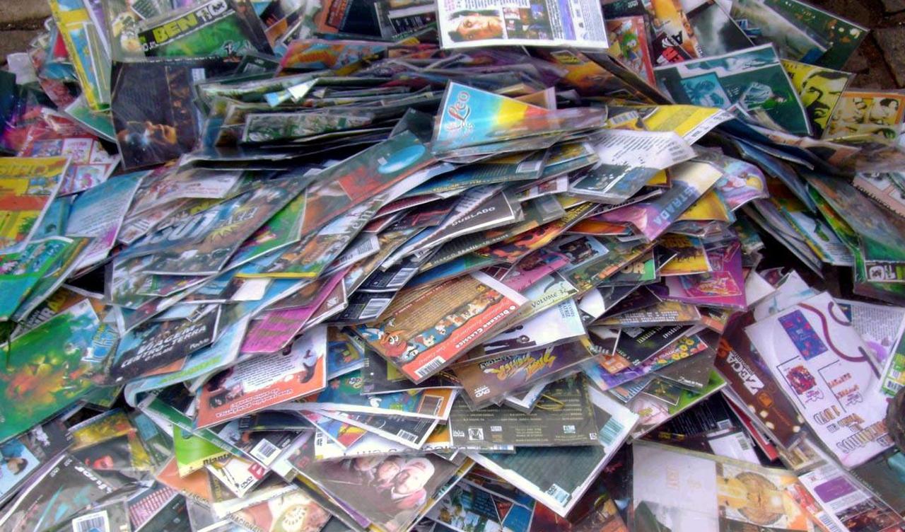Um em cada três brasileiros já comprou produtos contrabandeados