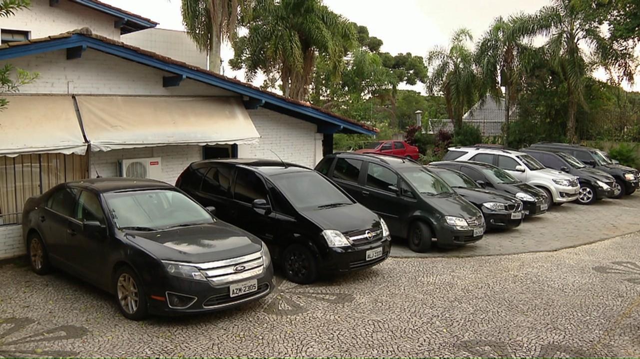 Justiça bloqueia bens de empresas que vendiam carros sob a fachada de locadoras, sonegando impostos