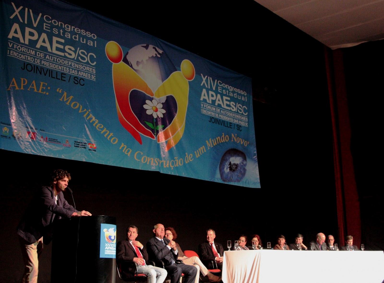 APAES: Governo de SC estuda novo modelo de relacionamento com as instituições