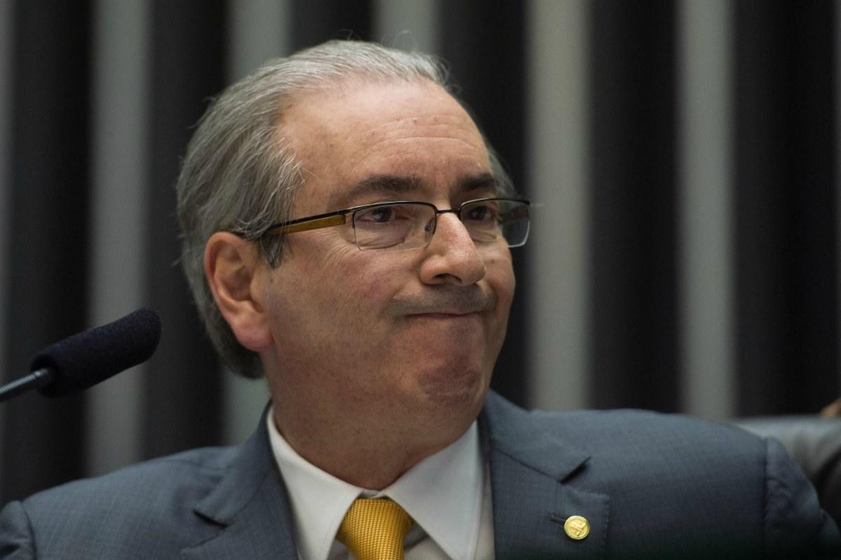 Cassação de Cunha a caminho: PSOL e Rede entram com pedido no Conselho de Ética