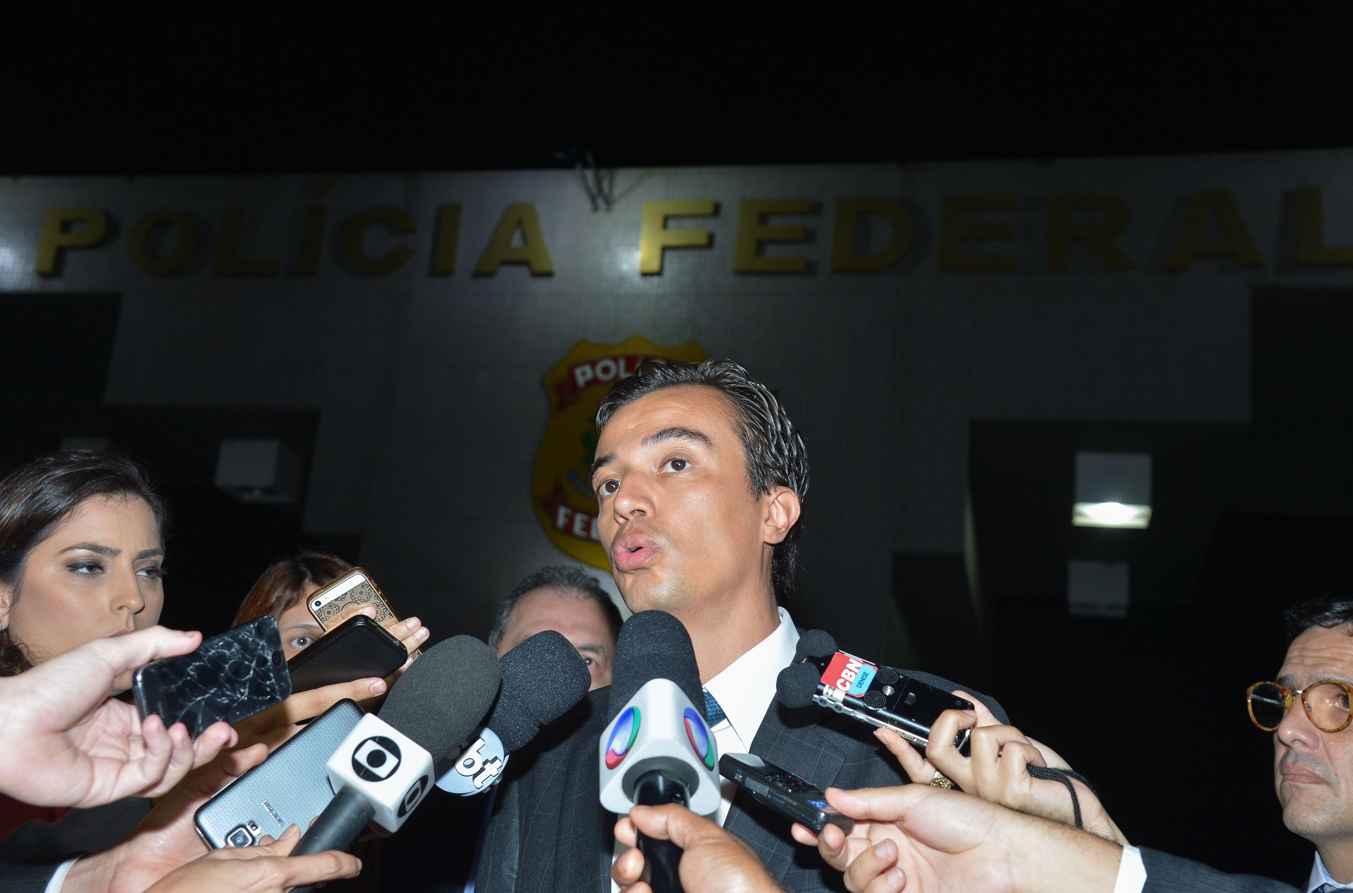 Em depoimento à PF, Delcídio nega tentativa de obstruir Justiça