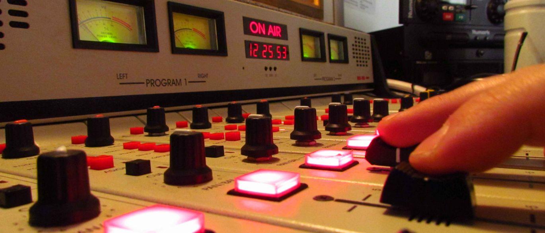 Ações do MPF podem cassar 40 licenças de rádio e tv de parlamentares