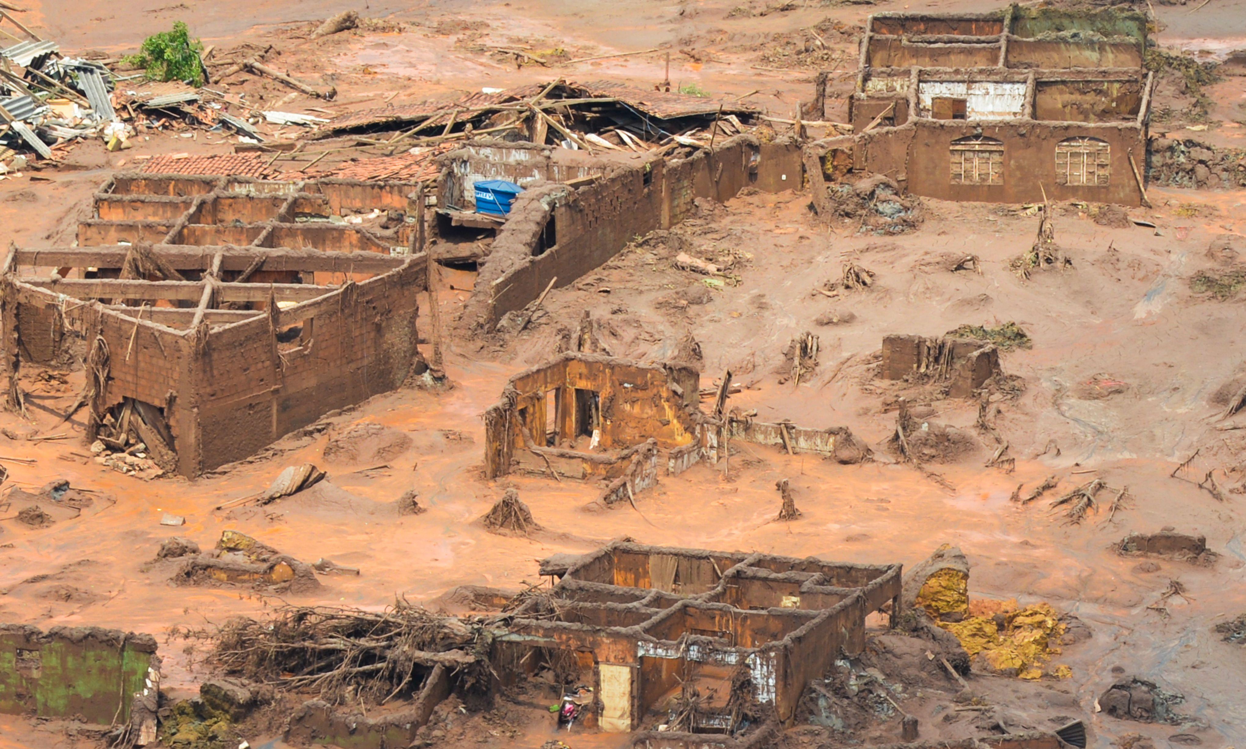 Governo exige plano de emergência para todas as barragens do país