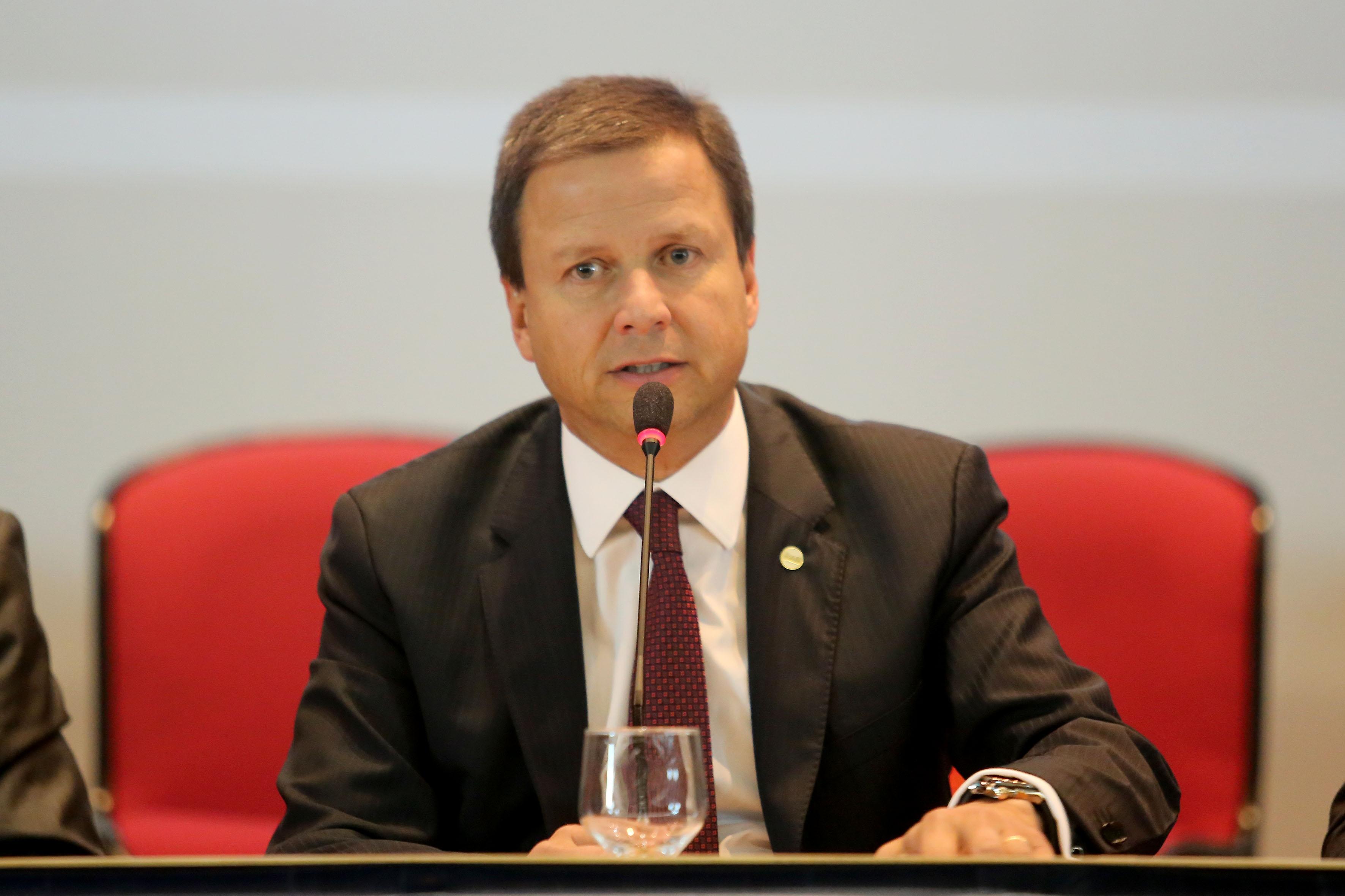 Claudio Lamachia assume OAB em fevereiro