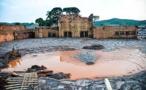 PalavraLivre-Samarco-Vale-BHP-Billiton-Mariana-desastre-ambiental