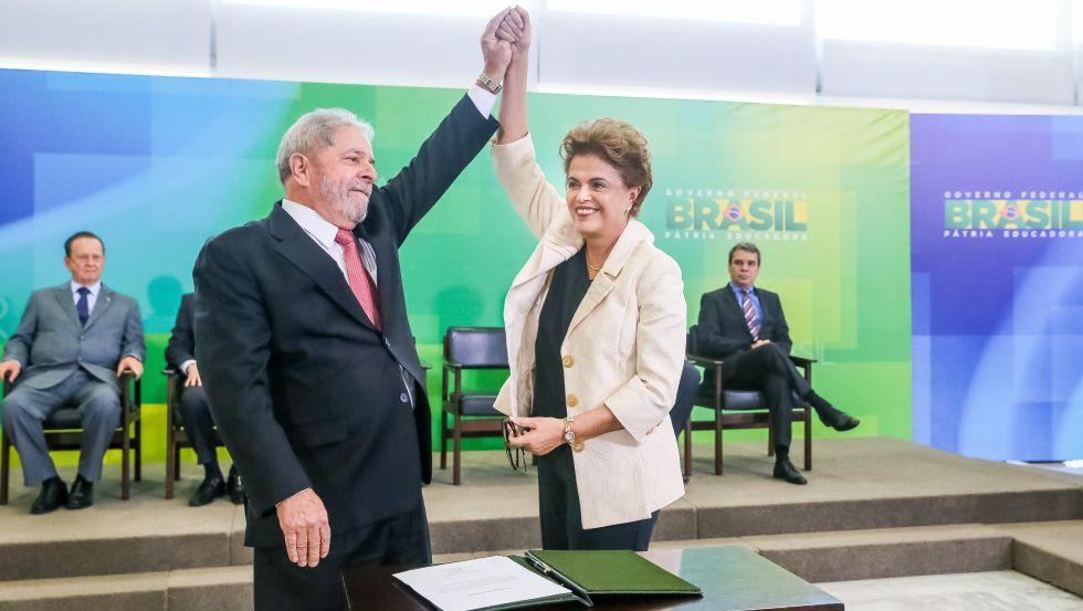 """Dilma reage à grampo ilegal – """"Golpes começam assim"""""""