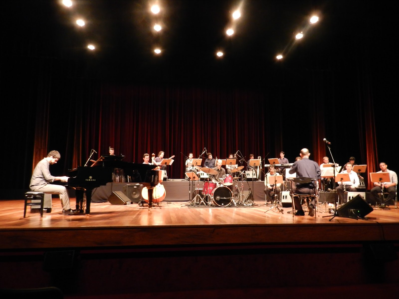 Fundação Cultural de Joinville (SC) seleciona músicos para a Orquestra Municipal