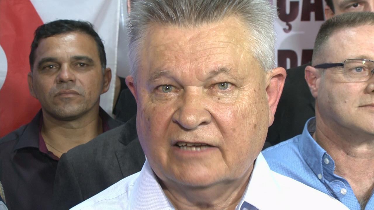 Udo Döhler é reeleito prefeito em Joinville (SC)