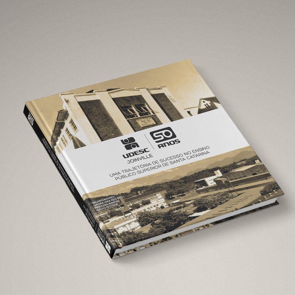 Livro resgata a história dos 50 anos da Udesc Joinville