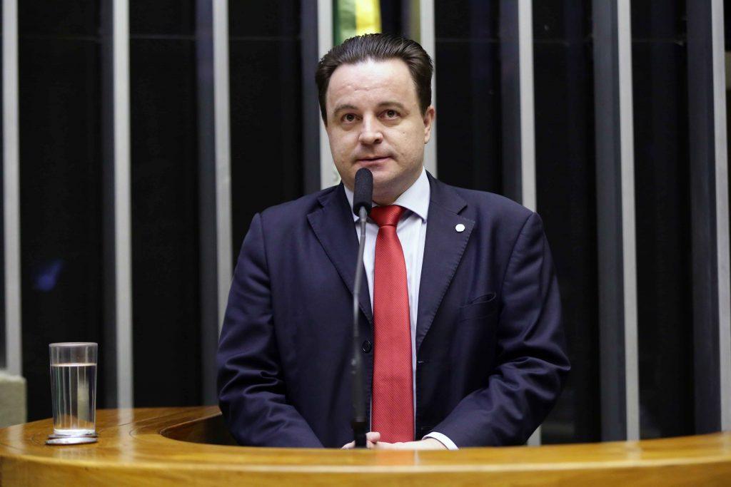 """PSB """"anistia"""" o deputado Rodrigo Coelho"""