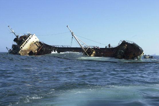 TJ/SC mantém condenação de empresas do naufrágio das bobinas em São Chico