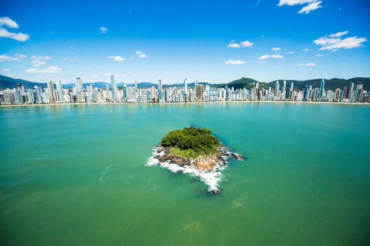 Balneário Camboriú quer medir a intenção de viagem dos turistas ainda em 2020