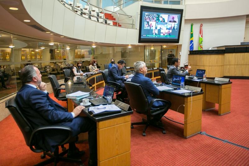 Militares de SC – Alteração do limite de idade para reserva e reforma são aprovados na CCJ