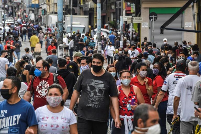 Covid-19: Reabertura do comércio aumentou casos nas cidades