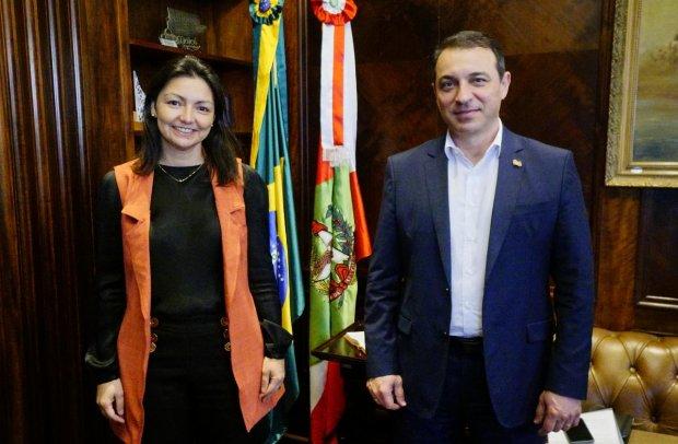 Daniella Abreu é a nova Secretária de Assuntos Internacionais de SC