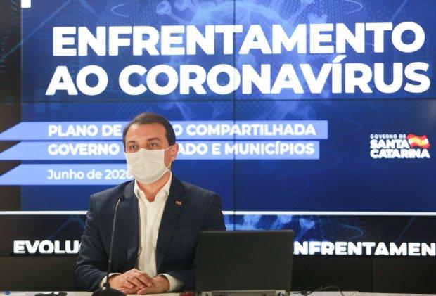 Governo de SC decreta nova estratégia regionalizada de combate ao coronavírus