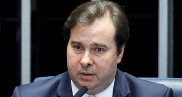 MP dos Reitores é flagrantemente inconstitucional, afirma Presidente da Câmara