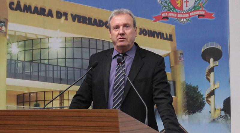 Câmara de Vereadores de Joinville é inoperante para fiscalizar, mas rápida para cassar?