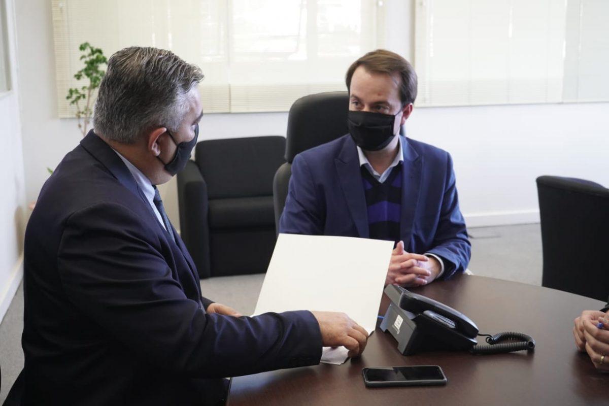 CPI dos Respiradores – Governador entrega respostas das 15 perguntas feitas pelos deputados
