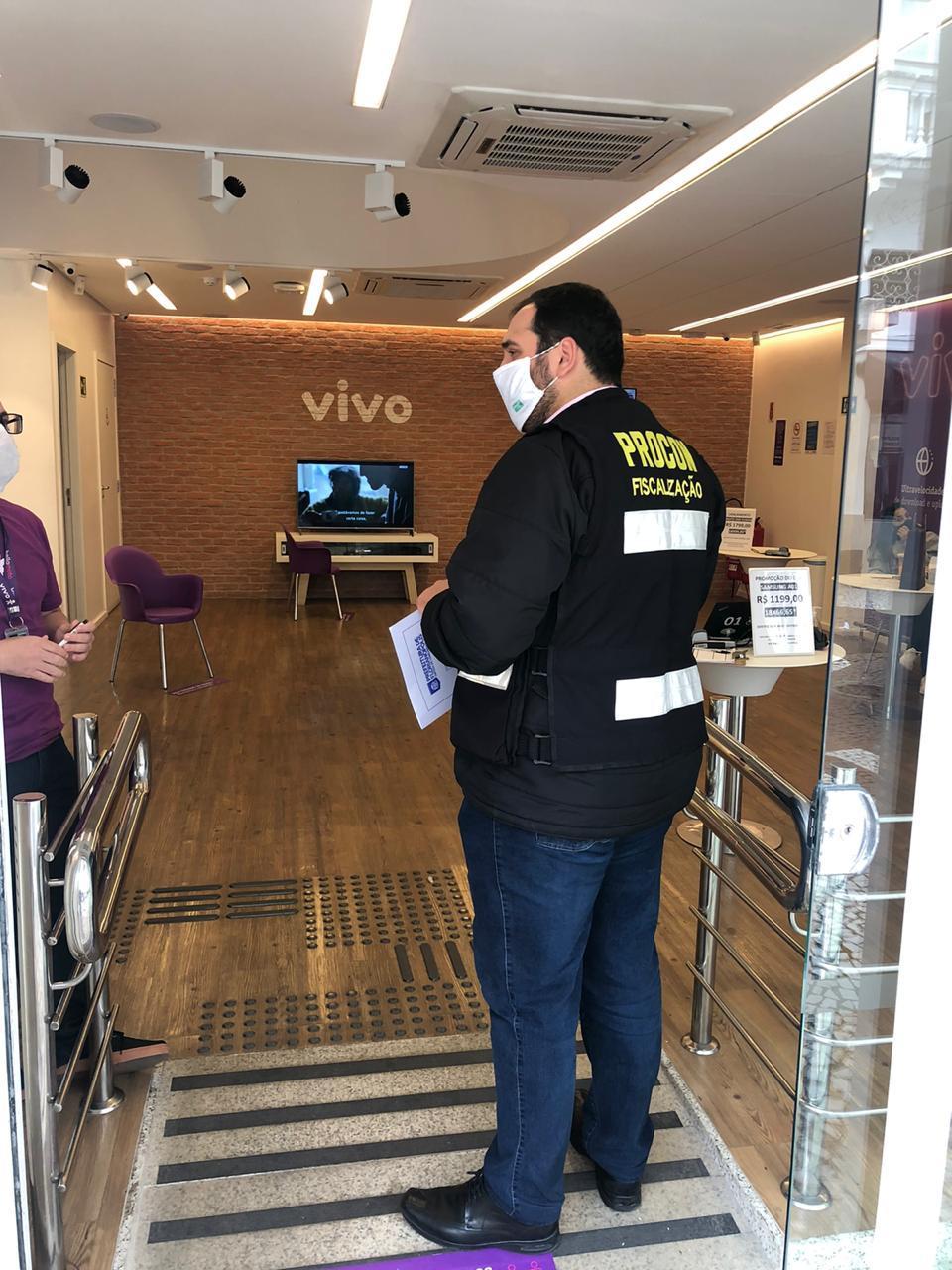 Operadora Vivo é notificada pelo Procon de Florianópolis  por má prestação de serviços