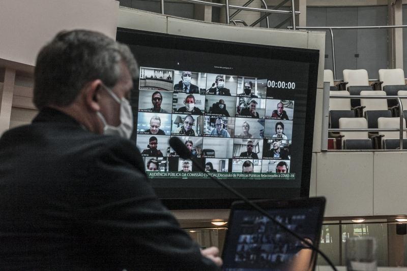 Pandemia em SC – Prefeitos pedem regionalização das ações de combate a Covid-19