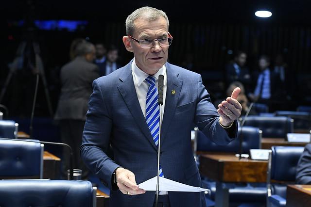 Racismo no Judiciário – Senado aprova nota de repúdio à juíza do PR por ato de racismo