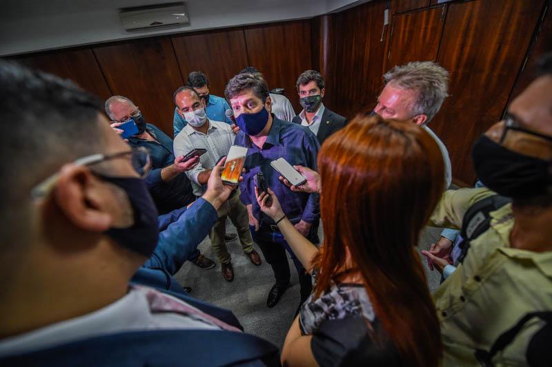 Baleia Rossi (MDB/SP) prega parlamento independente em sua passagem por SC