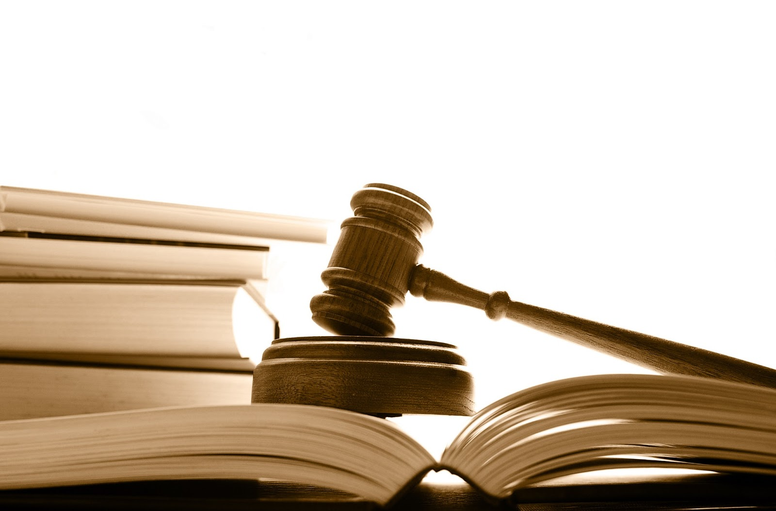 Unisul pode fechar seu curso de direito à distância