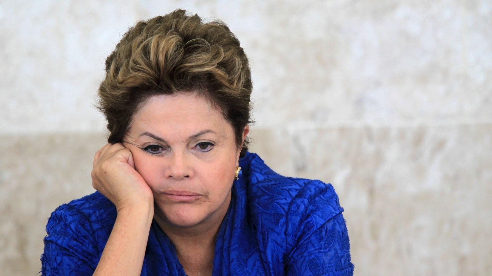 Governo Dilma despenca na aprovação popular, segundo pesquisa da CNT