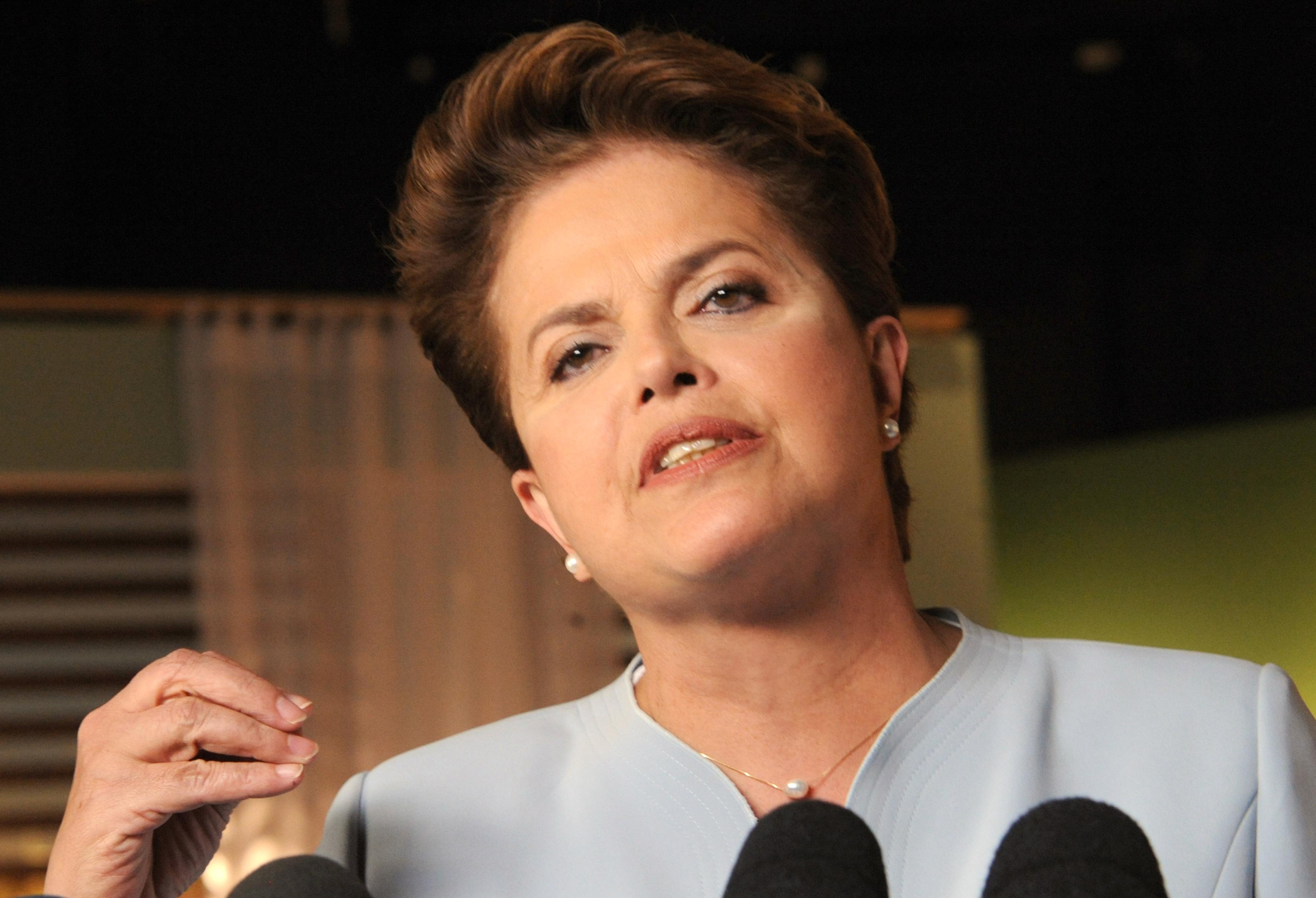 Refis da Crise: Dilma sanciona lei que reabre prazos