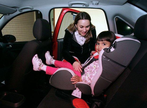 ProTeste cobra mais proteção para cadeirinhas automotivas