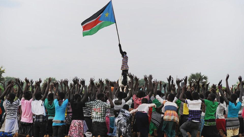 """ONU está preocupada que avanço de milicianos cause """"banho de sangue"""" no Sudão do Sul"""