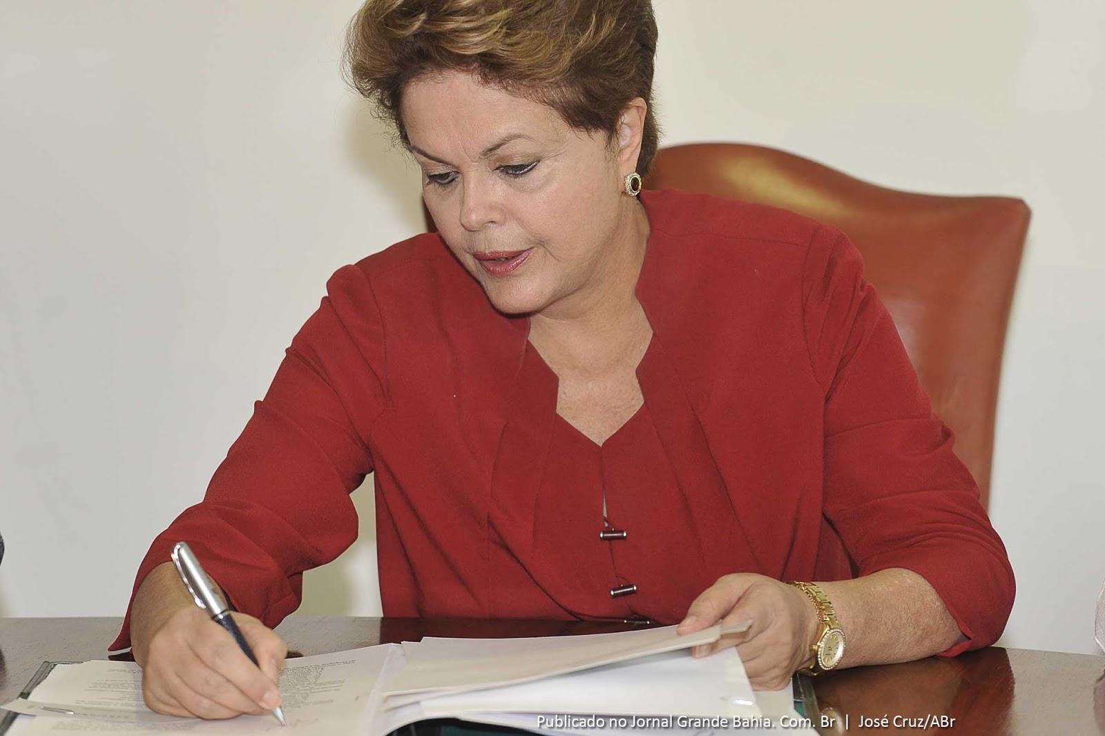 Dilma sanciona leis que criam quase 2 mil cargos públicos para o MPF e a JT
