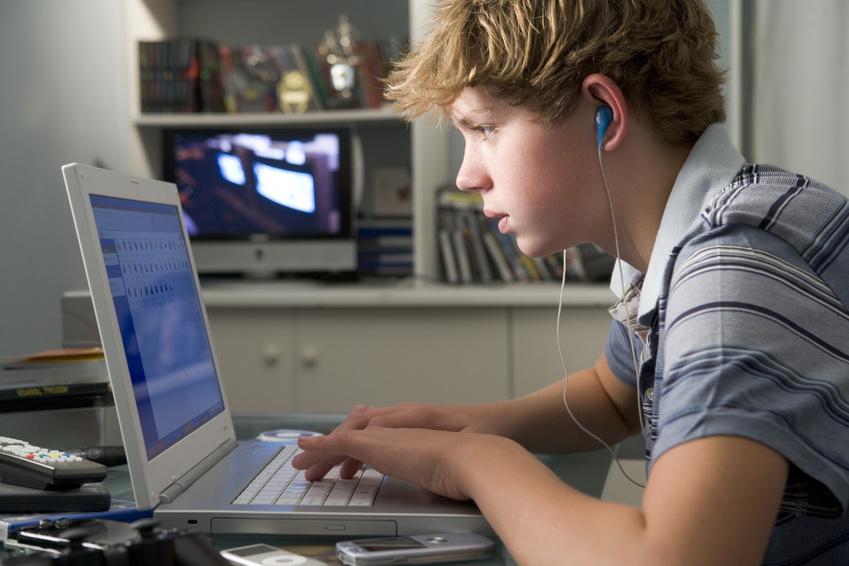 Não, o Facebook não está morto para os jovens, diz estudo