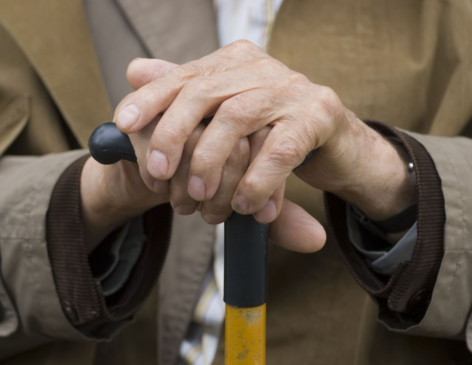 Quase metade dos idosos no mundo não recebem aposentadoria, afirma OIT
