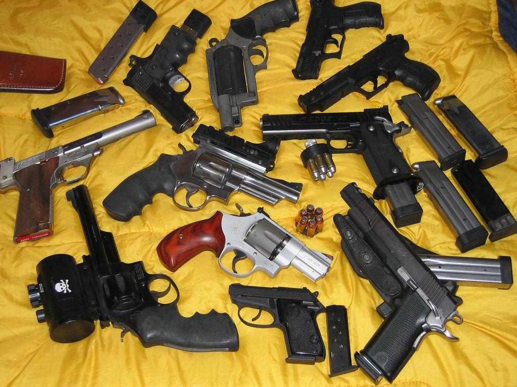 Câmara pode liberar até nove armas por pessoa em projeto que altera a Lei do Desarmamento
