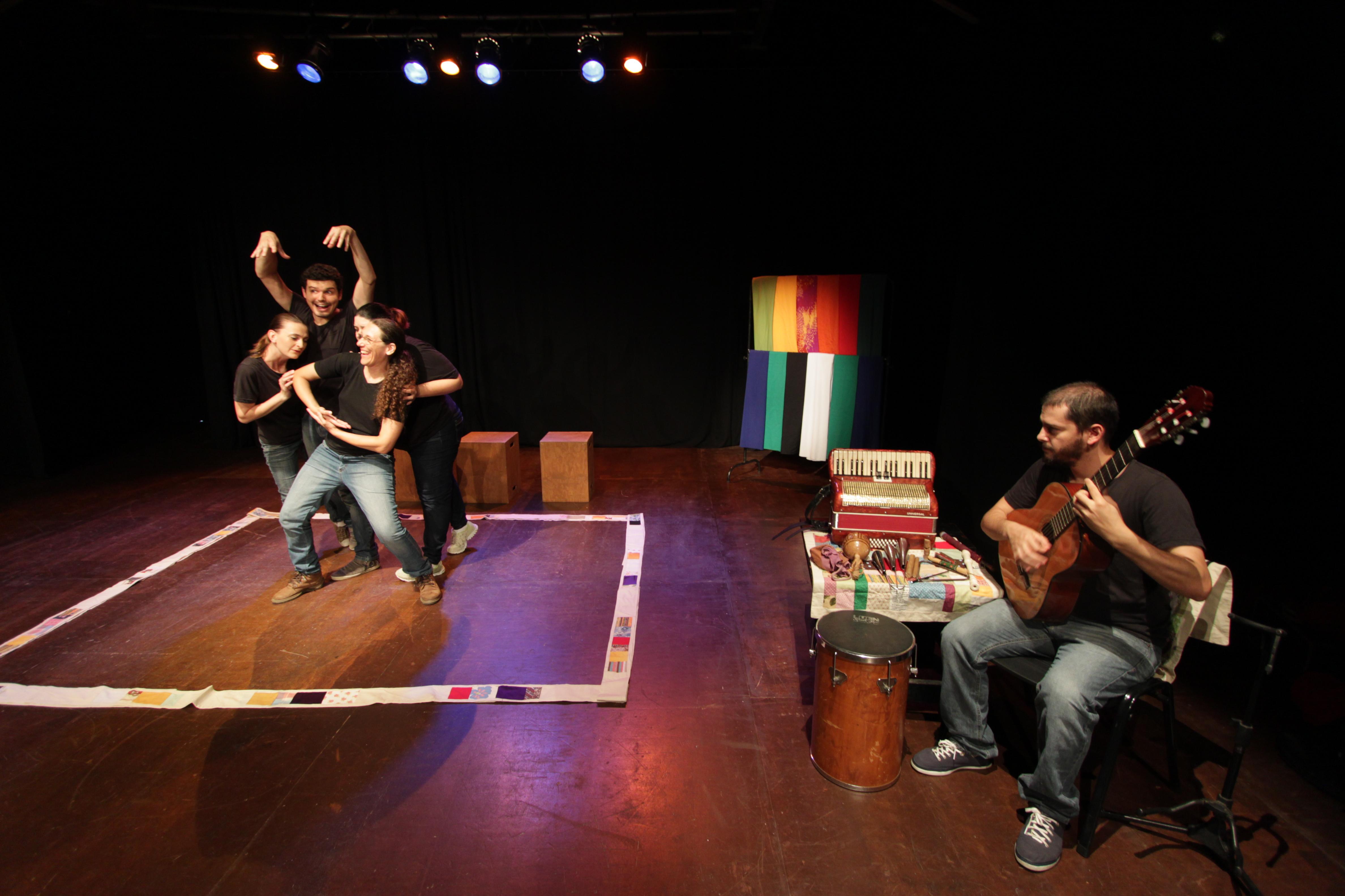Em março, Dionisos Teatro faz apresentações para mulheres